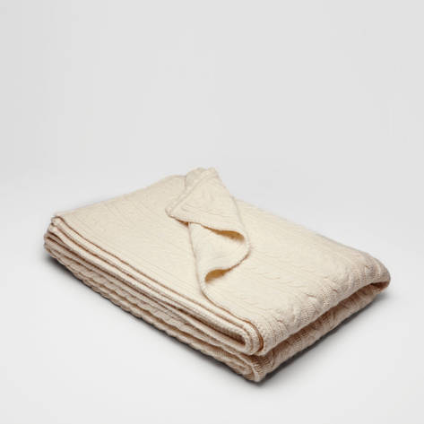 Armand Diradourian — Classic Cable Knit Throw - Ivory