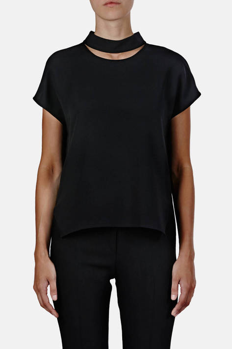 Protagonist — Shirt 04 Sleeveless Collarbone Blouse - Black