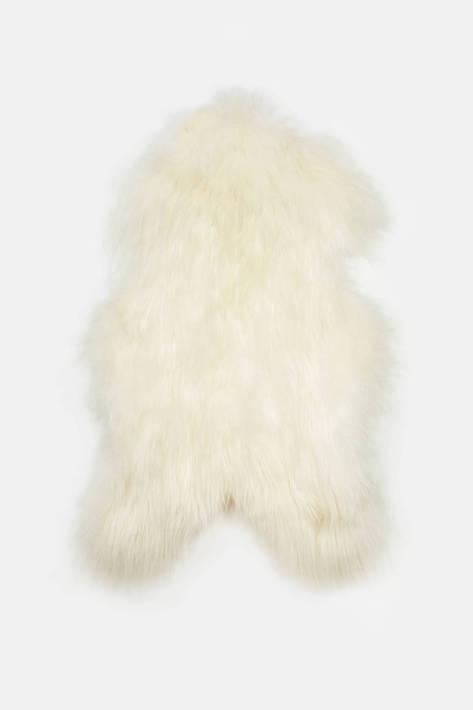 Black Sheep (White Light) — Natural White Icelandic Sheepskin